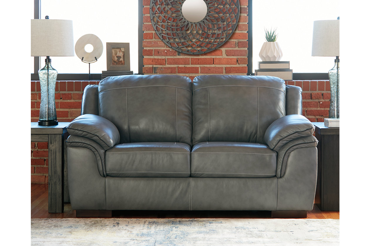 Remarkable Islebrook Loveseat Ashley Furniture Homestore Spiritservingveterans Wood Chair Design Ideas Spiritservingveteransorg