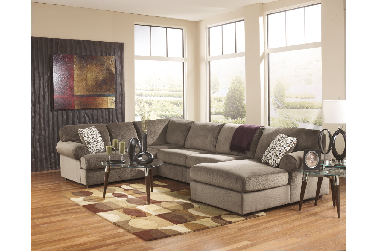 Sensational Jessa Place 3 Piece Sectional With Chaise Ashley Furniture Theyellowbook Wood Chair Design Ideas Theyellowbookinfo