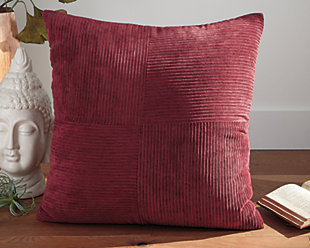 Jinelle Pillow, , large