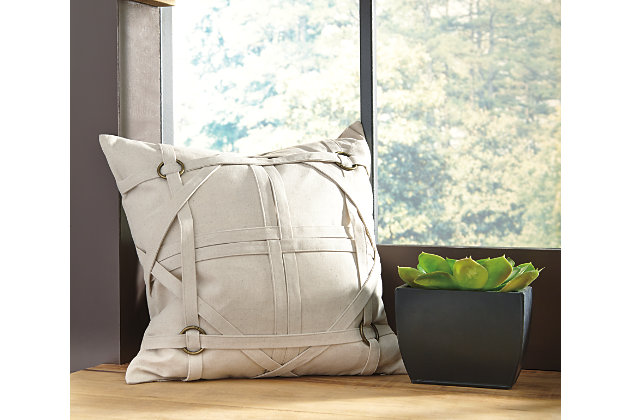 Leonard Pillow and Insert