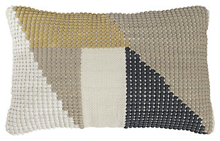 Shawn Pillow, , large