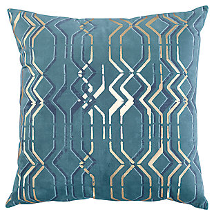 Caelyn Pillow, , large