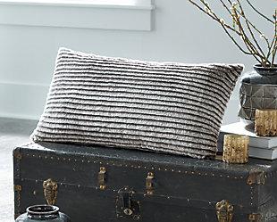 Metea Pillow, , rollover