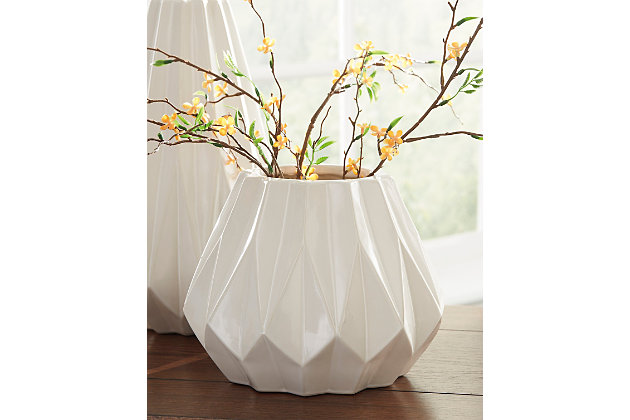 Diego Vase by Ashley HomeStore, White