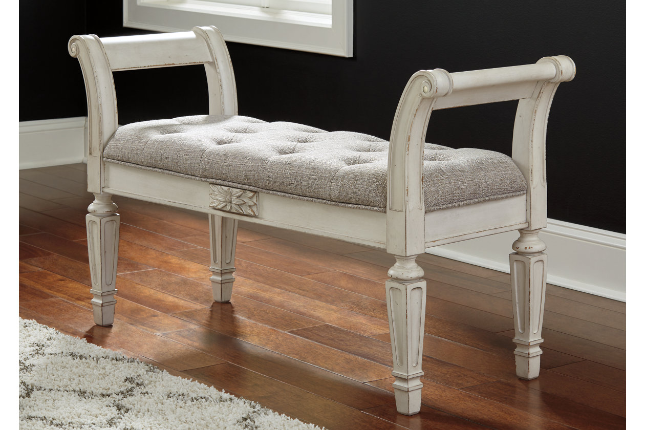Realyn Accent Bench Ashley Furniture