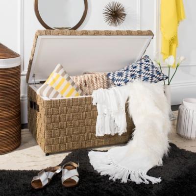 Safavieh Faux Fur Alexi 20 X 80 Bed Runner, White, large