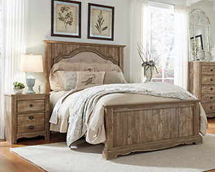 Shellington Queen Bed with 2 Nightstands, Caramel, rollover