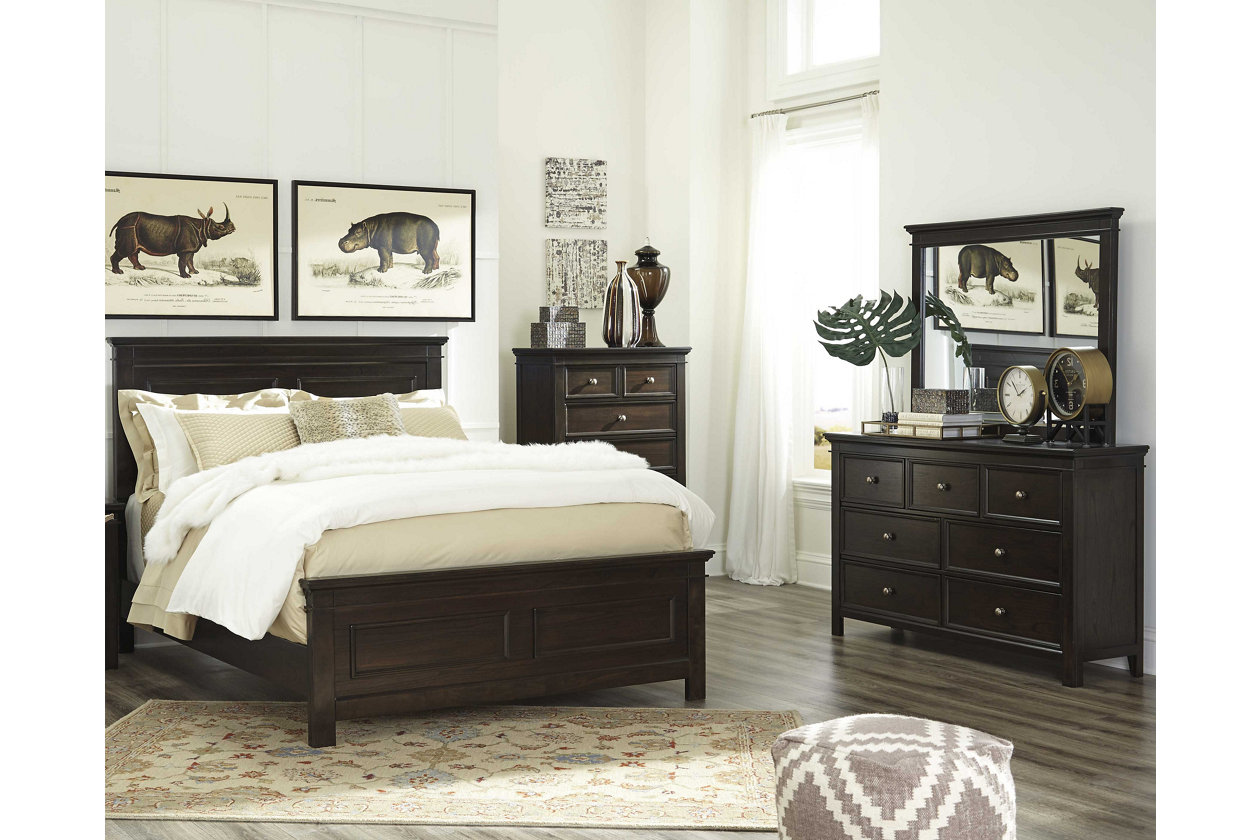Alexee 5-Piece Queen Bedroom | Ashley Furniture HomeStore