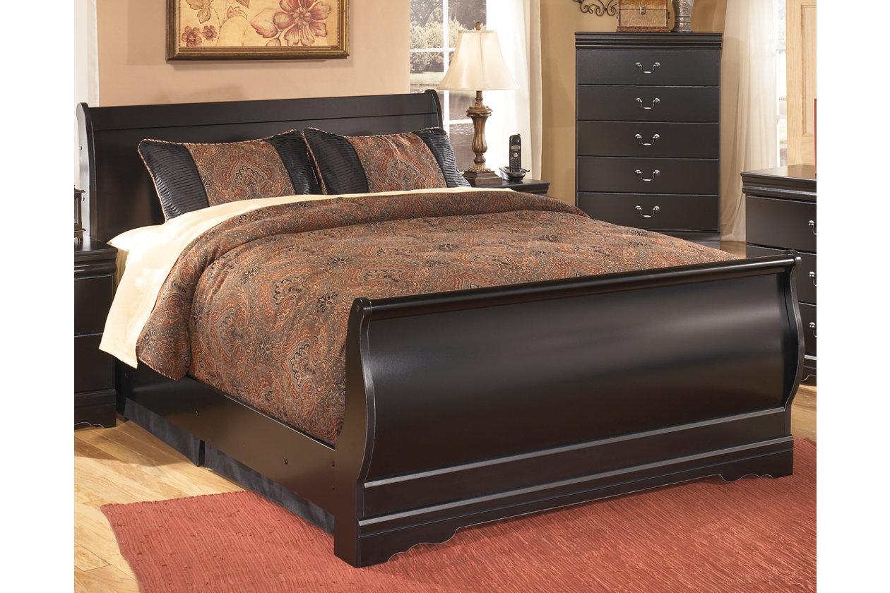NEW Ashley Furniture Signature Design Huey Vineyard Collection Sleigh Rails
