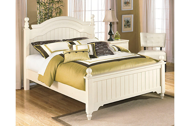 Cottage Retreat Queen Poster Bed, Cream Cottage, large