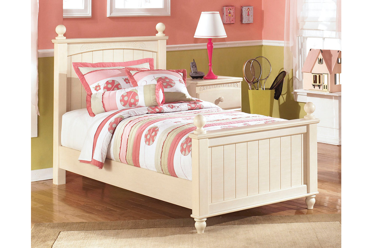 by signature design ashley retreat cottage northeast set collection collections factory bedroom dealer direct cr