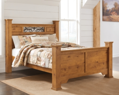 Picture of: Bittersweet Queen Poster Bed Ashley Furniture Homestore