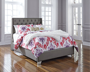 Coralayne Full Upholstered Bed, , rollover
