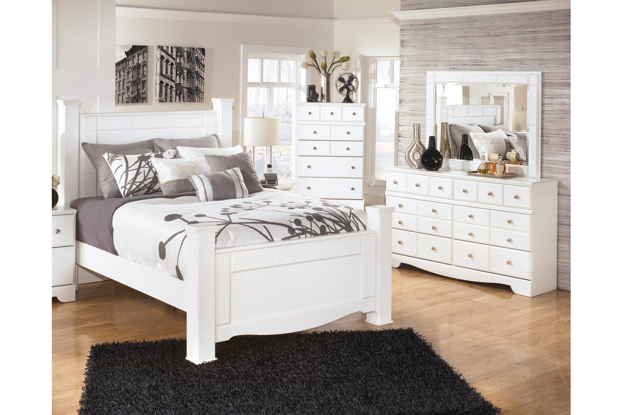 furniture bedroom set. Weeki 5 Piece Queen Master Bedroom  Sets Perfect for Just Moving In Ashley Furniture HomeStore