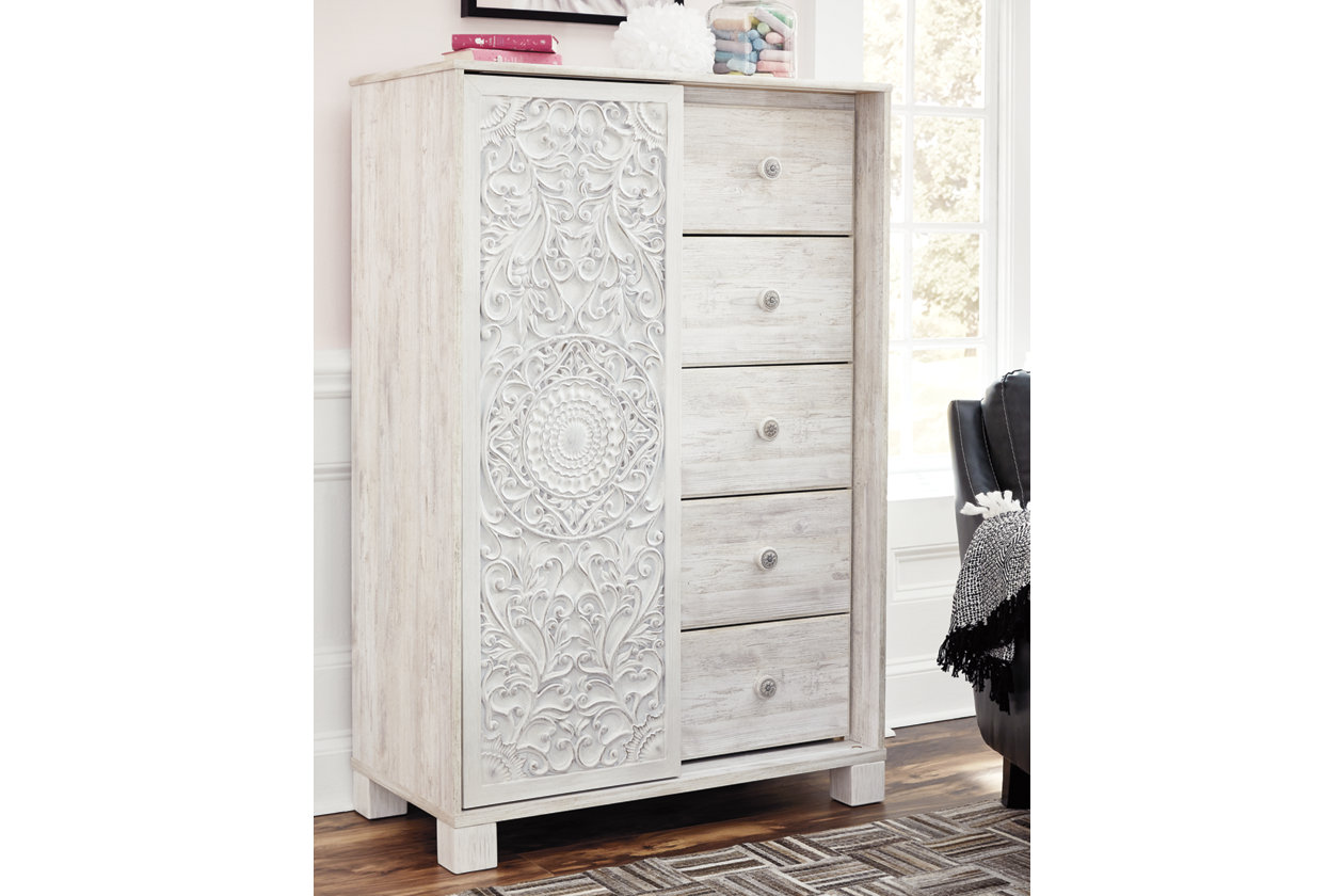 Armoire D Angle Dressing paxberry dressing chest | ashley furniture homestore