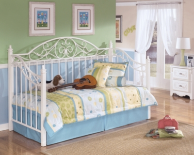 Ashley Exquisite Twin Day Bed, White