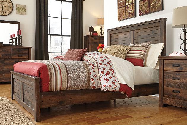 Quinden Queen Panel Bed, Dark Brown, large