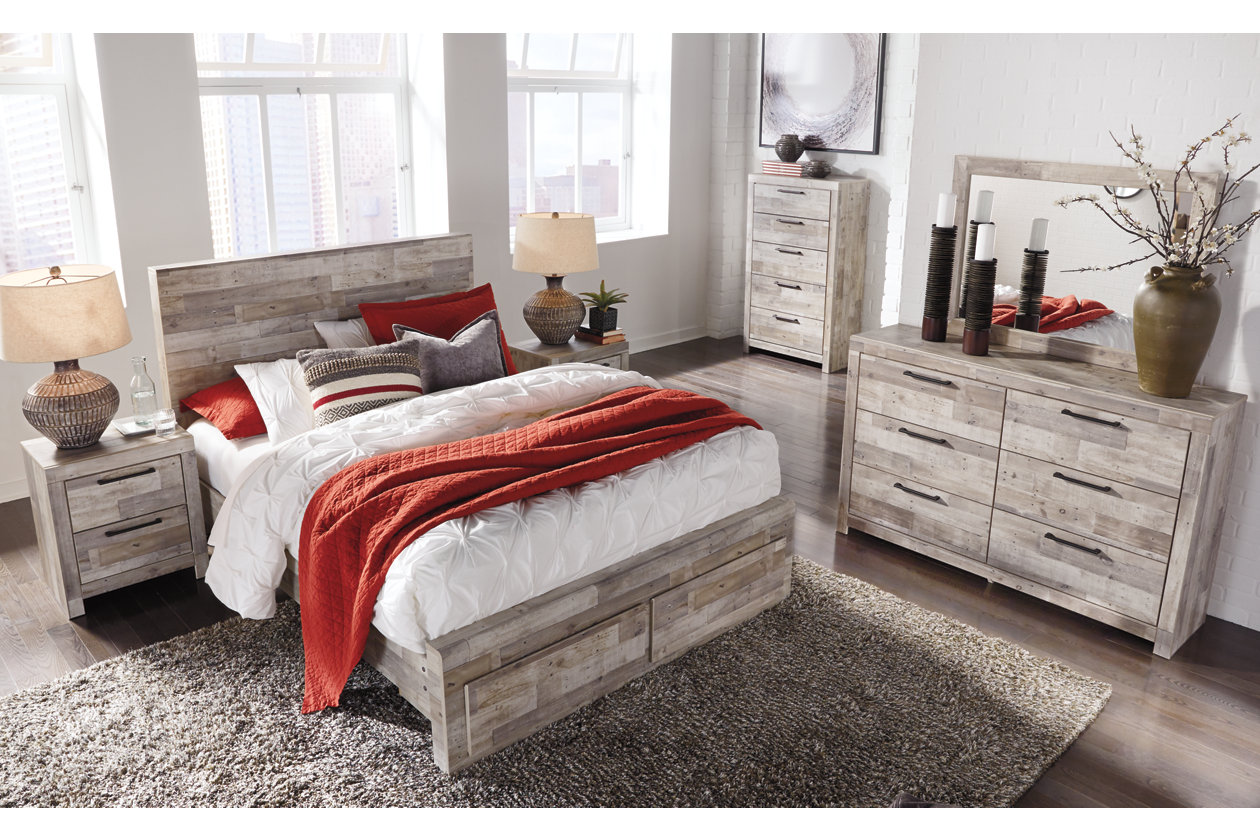 Effie Queen Panel Bed with 2 Storage Drawers   Ashley ...