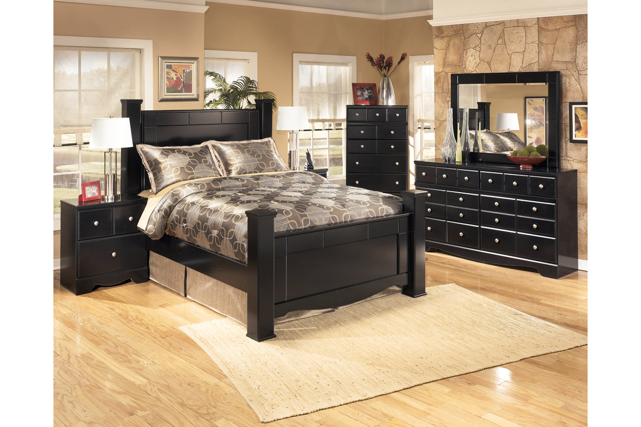Shay Queen Poster Bed Ashley Furniture Homestore