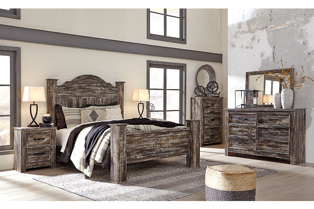 Lynnton Queen Poster Bed, Rustic Brown, large