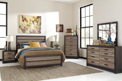 Harlinton 3Piece Queen Panel Bed Ashley Furniture HomeStore
