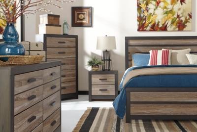 Harlinton 3Piece Queen Panel BedAshley Furniture HomeStore