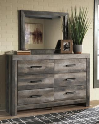 Wynnlow Dresser and Mirror, , large