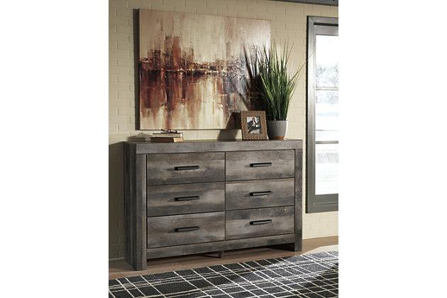 Wynnlow Dresser, , large