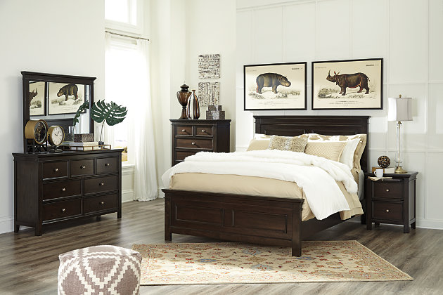 Alexee queen panel bed ashley furniture homestore for Ashley furniture homestore canada