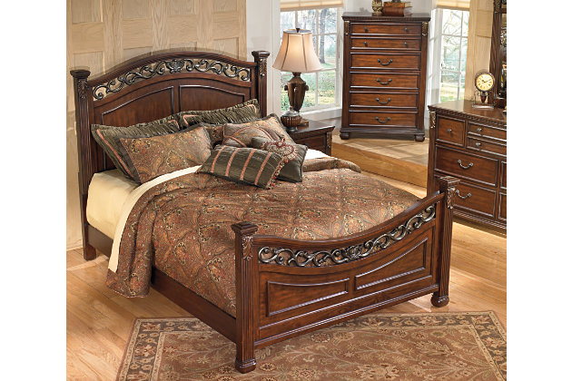 Leahlyn Queen Panel Bed, Warm Brown, large