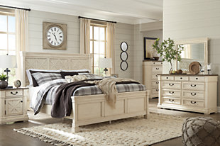 Bolanburg California King Panel Bed with Mirrored Dresser and Chest, , rollover