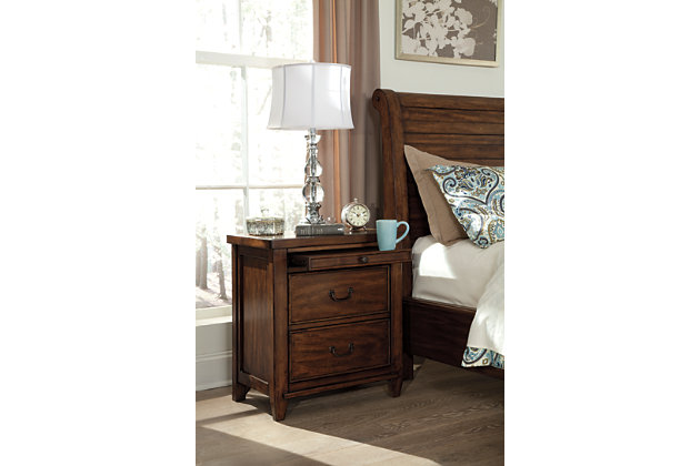 Chaddinfield Nightstand