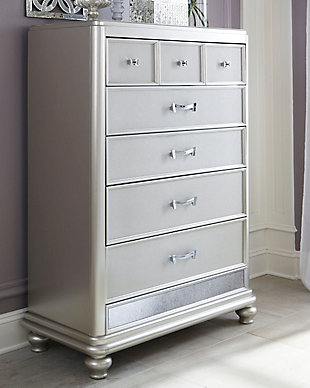 Coralayne Chest of Drawers, , rollover