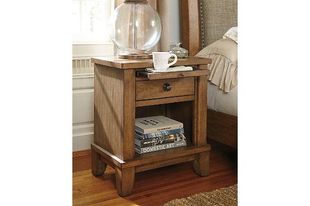 Tamburg Nightstand
