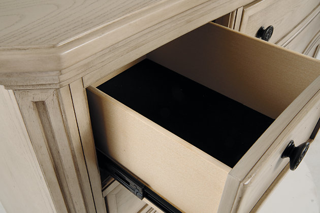 Demarlos Dresser, , large