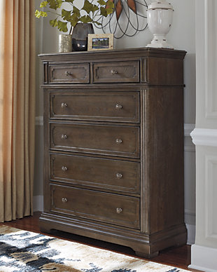 Mikalene Chest of Drawers, , rollover