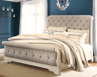 Picture of: Realyn Queen Sleigh Bed Ashley Furniture Homestore