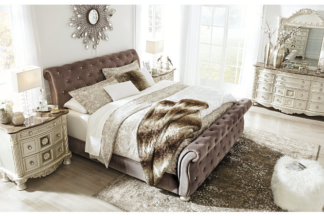 Cassimore Queen Upholstered Bed, Gray, large