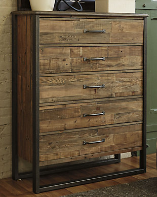 Sommerford Chest of Drawers, , rollover