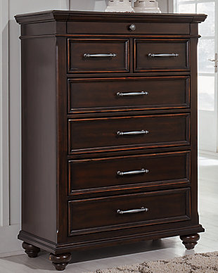 Brynhurst Chest of Drawers, , rollover