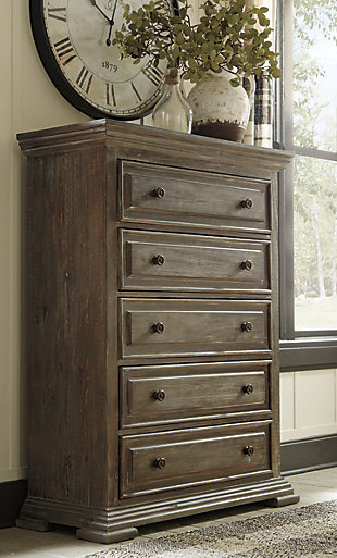 Wyndahl Chest of Drawers, , rollover