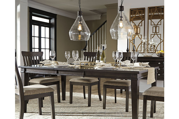 finest alexee dining room table large with casa table de chevet. Black Bedroom Furniture Sets. Home Design Ideas