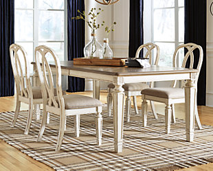 Realyn Dining Set