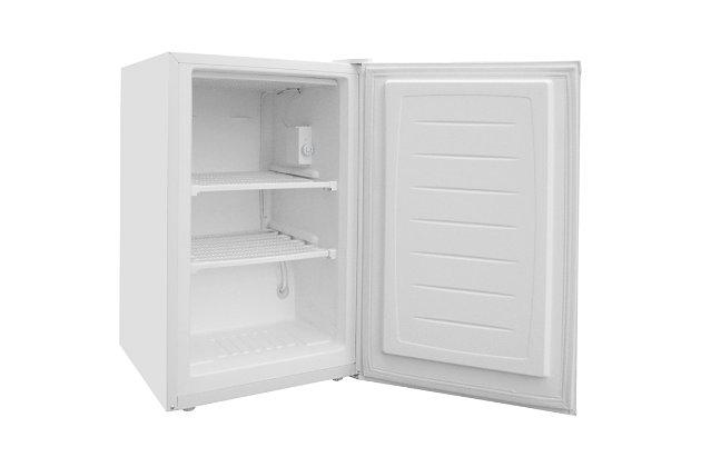 MAGIC CHEF 3 Cubic-ft Upright Freezer, , large