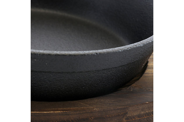General Store Addlestone 2 Piece 7 Inch Pre-seasoned Oval Cast Iron Server with Burned Furwood Base, , large