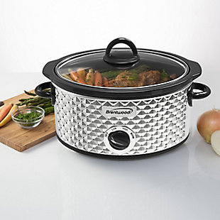 Brentwood 3.5 Quart Diamond Pattern Slow Cooker in Stainless Steel, , rollover