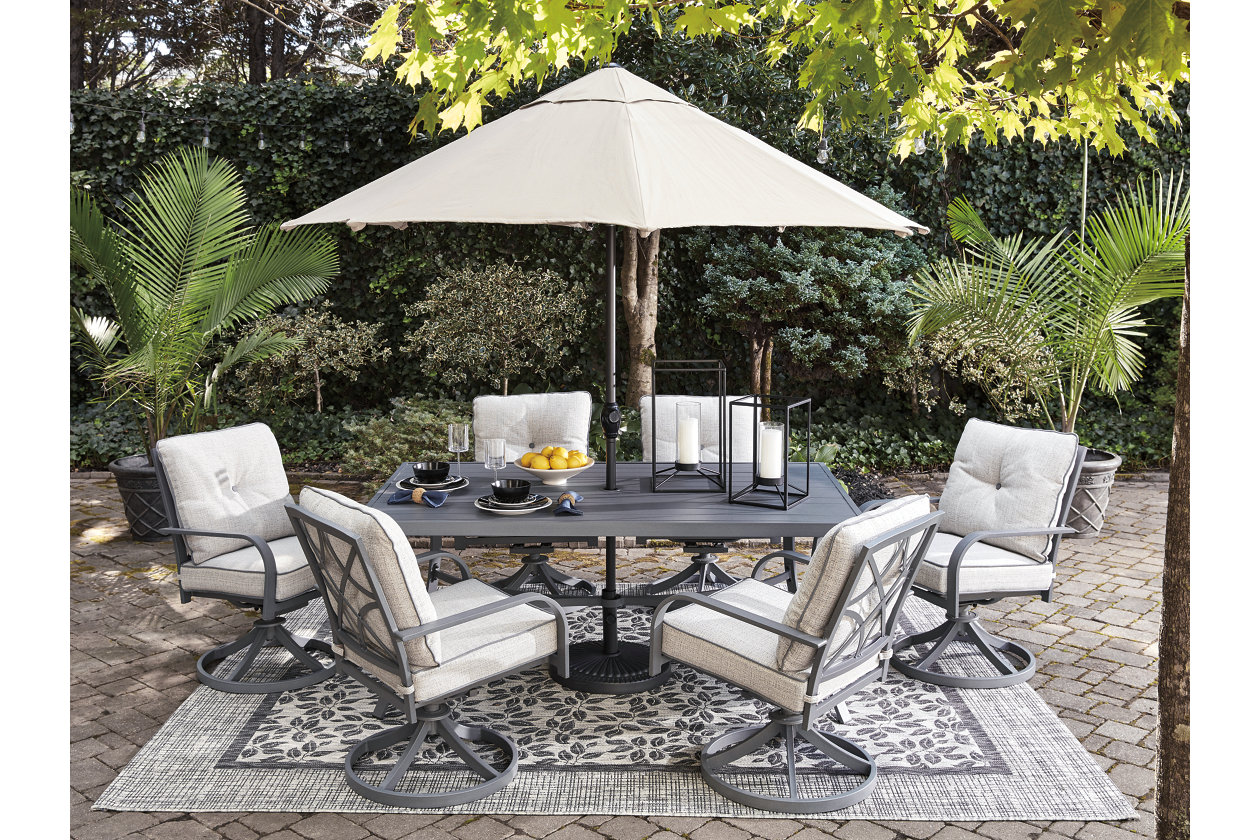 Donnalee Bay Dining Table With Umbrella