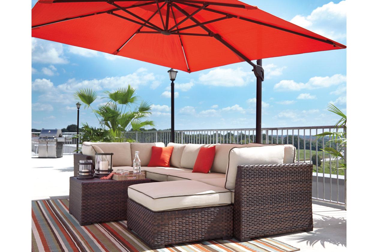 10e92e1dc8 Oakengrove Patio Umbrella | Ashley Furniture HomeStore