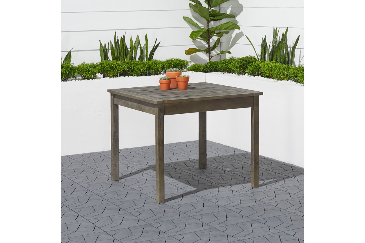 Vifah Renaissance Outdoor Stacking