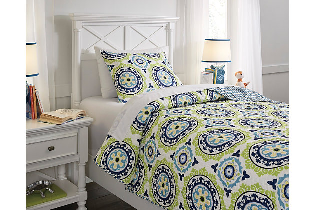 Blue & Green Danesha 2-Piece Twin Coverlet Set by Ashley HomeStore